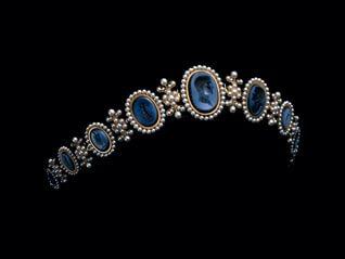 ショーメ 時空を超える宝飾芸術の世界 ―1780年パリに始まるエスプリ