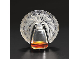 ヴィンテージ香水瓶と現代のタピスリー ラリックとバカラを中心に