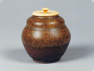 企画展「茶の湯の器と書画―香雪美術館所蔵優品選」