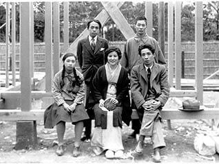 大佛次郎の住まいをめぐるヒストリー 鎌倉そして横浜