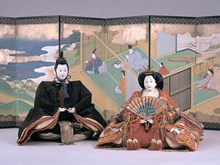 三井家のおひなさま 特別展示 かわいい御所人形