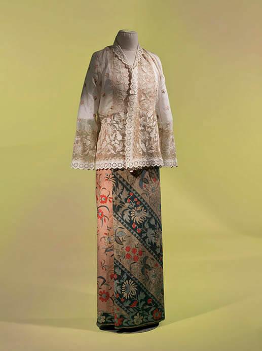 サロンクバヤ―シンガポール 麗しのスタイル つながりあう世界のプラナカン・ファッション 福岡市美術館-5
