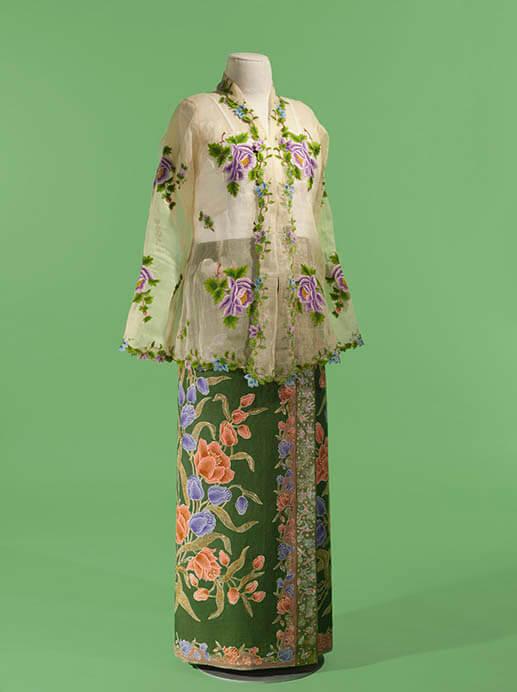 サロンクバヤ―シンガポール 麗しのスタイル つながりあう世界のプラナカン・ファッション 福岡市美術館-1