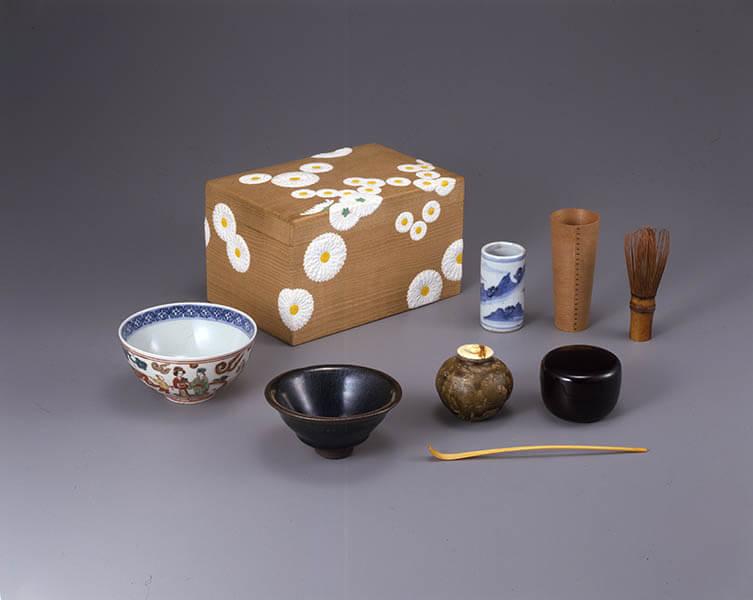 雪月も花も友とて・・・ 茶箱と茶籠 三井記念美術館-2