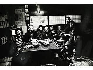 写真歴史博物館 企画写真展 写真家がカメラを持って旅に出た 北井一夫「村へ、そして村へ」